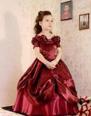 Нарядное платье 6-7 лет