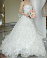 Продаю шикарное свадебное платье,  производство Франция.